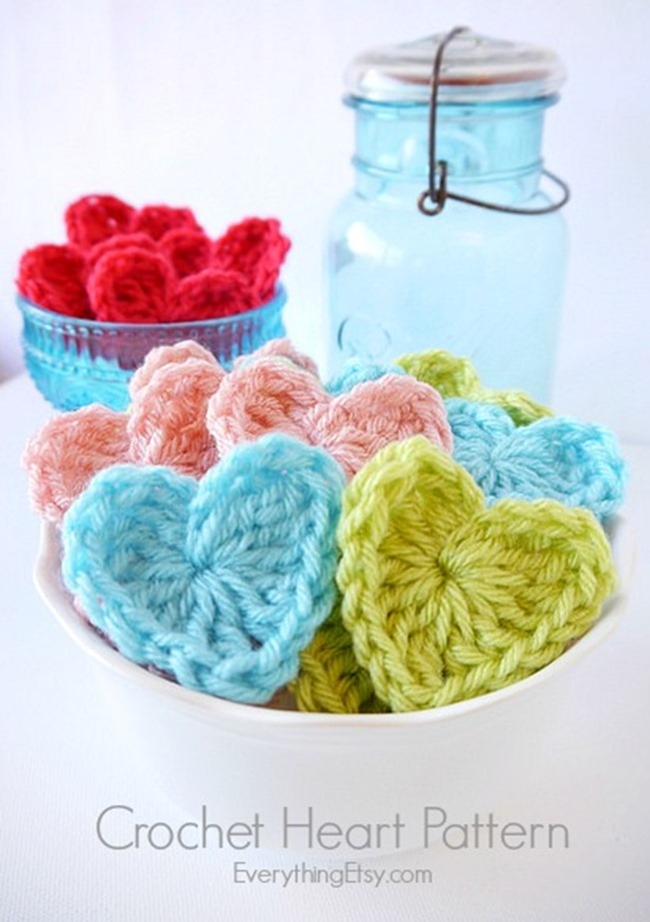 Free Crochet Heart Pattern on EverythingEtsy