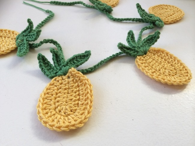 Crochet Patterns Pineapple : 25 Pineapple Crafts & Free Printables {DIY Goodness}