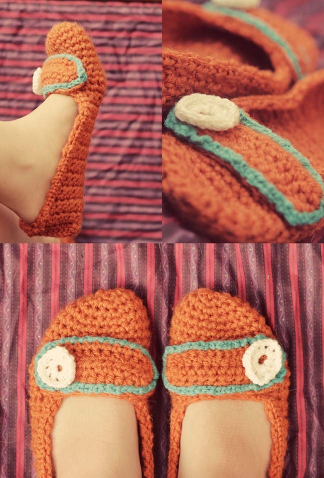 Free Pattern For Crochet Slippers : DIY Crochet Slipper Patterns {7 Free Designs}