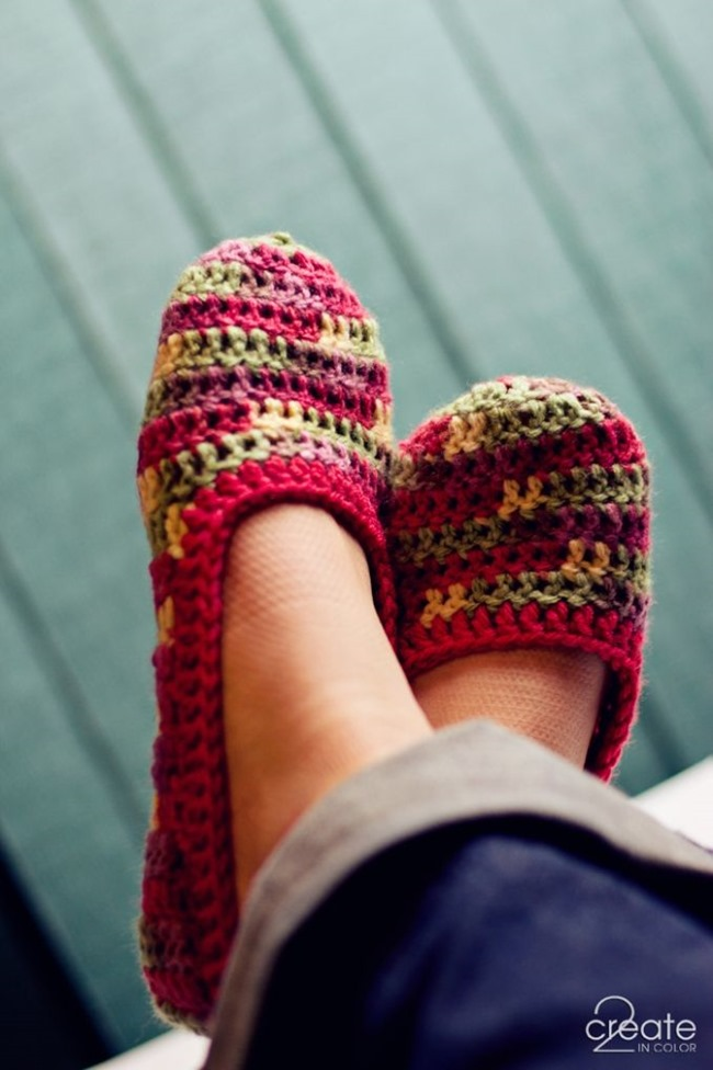 Crochet Patterns Slippers : Simple Crochet Slipper Pattern - 2 Create in Color