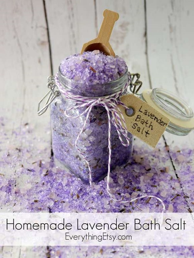 Homemade Lavender Bath Salt - DIY Essential Oil Gifts