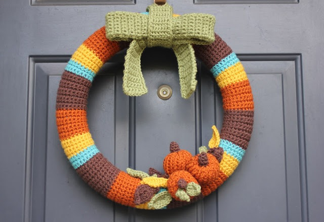 Fall crochet patterns - free wreath design