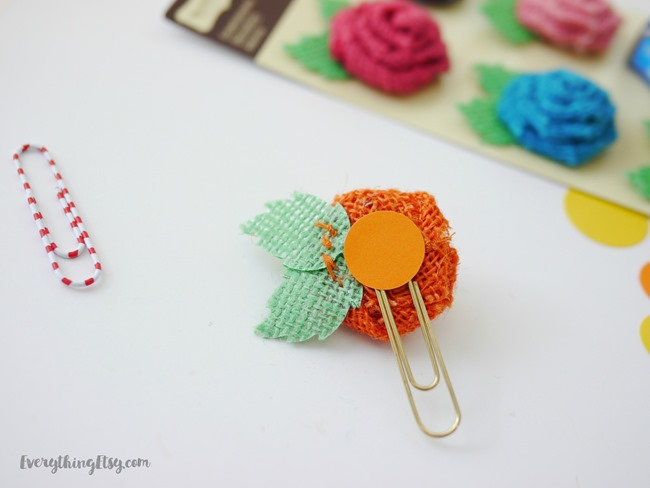 How to make a flower paper clip on EverythingEtsy.com