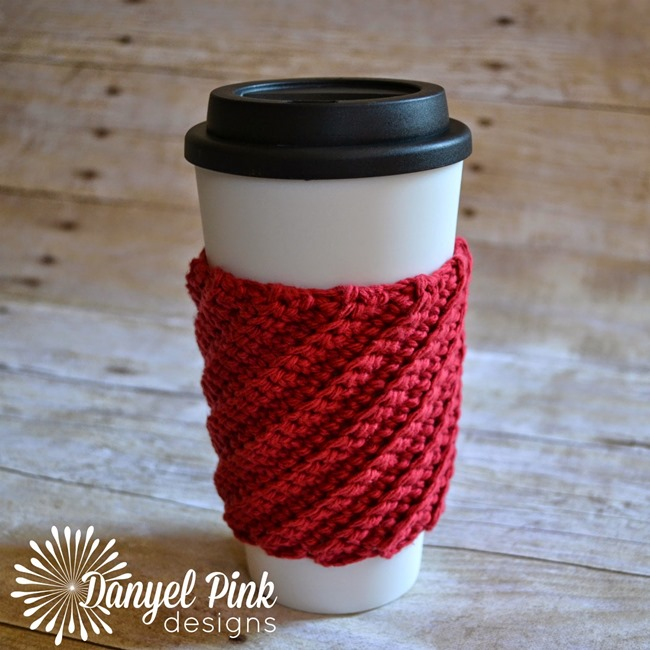 Free crochet pattern - spiral coffee cozy