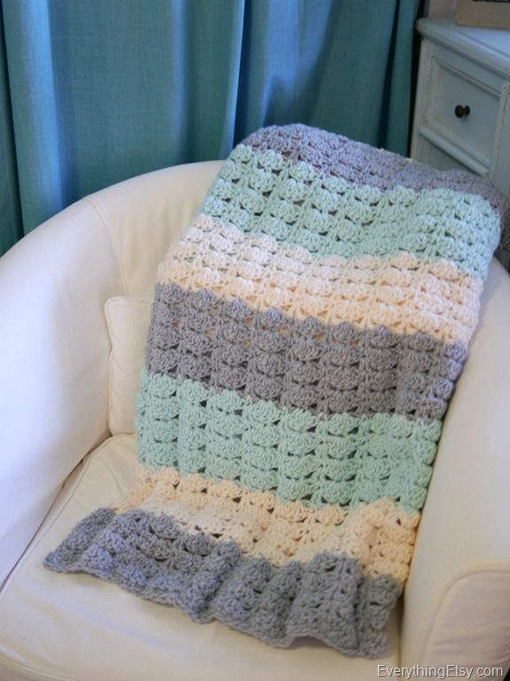 Easy Crochet Shell Stitch Pattern Blanket - EverythingEtsy.com 4