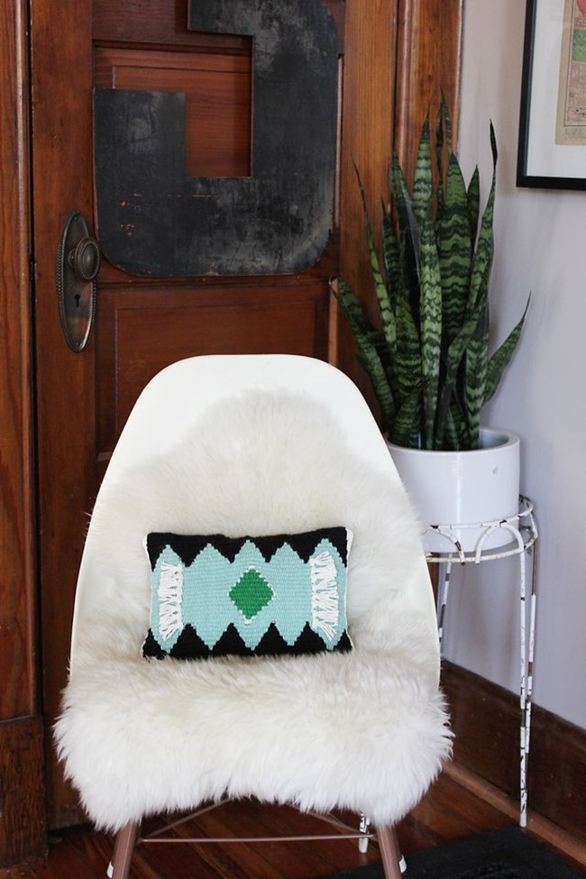 DIY Weaving Projects - Pillow