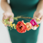 How to Make Fresh Flower Crowns {7 DIY Ideas}