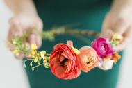 How to Make Fresh Flower Crowns {7 DIY Ideas}