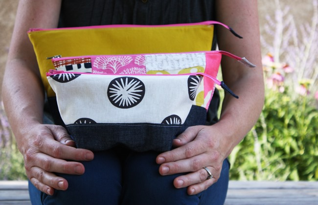 Wide Zipper Pouch Tutorial