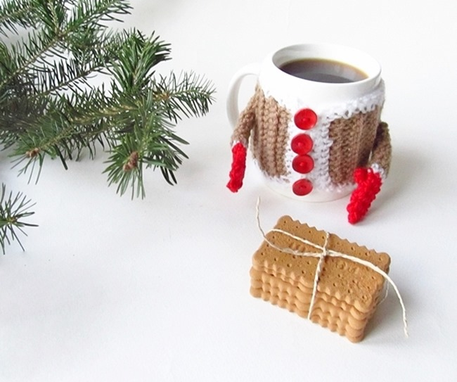Christmas Crochet Patterns - Free Project Ideas! - Mug Santa