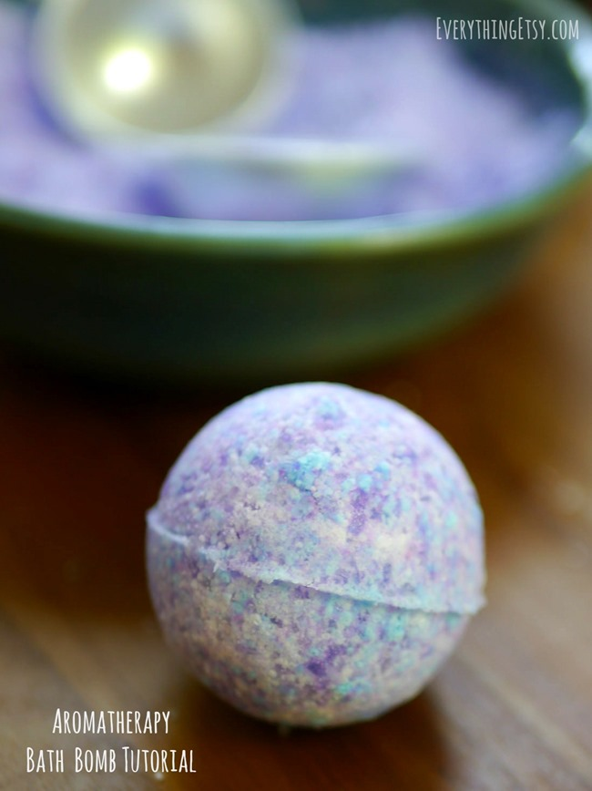 Aromatherapy Bath Bomb Tutorial on EverythingEtsy.com