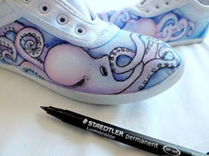 DIY Painted Shoes - EverythingEtsy
