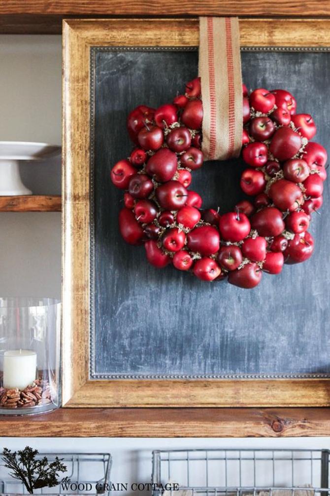 21 Fall Wreath Ideas - Apples - EverythingEtsy