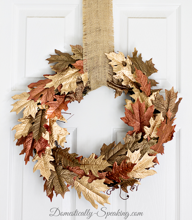 21 Fall Wreath Ideas - Metallic - EverythingEtsy