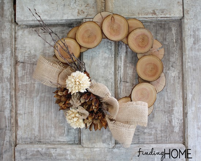 21 Fall Wreath Ideas - Wood Slices - EverythingEtsy