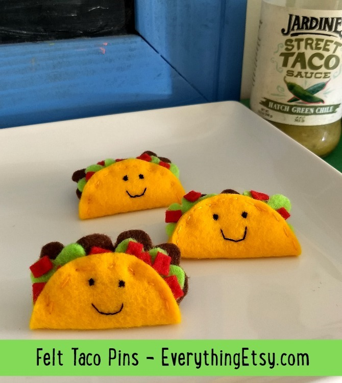 Felt Taco Pins Tutorial on EverythingEtsy.com