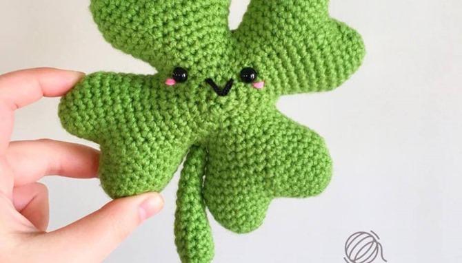 St. Patrick's Day Free Crochet Pattern - Shamrock Plushie
