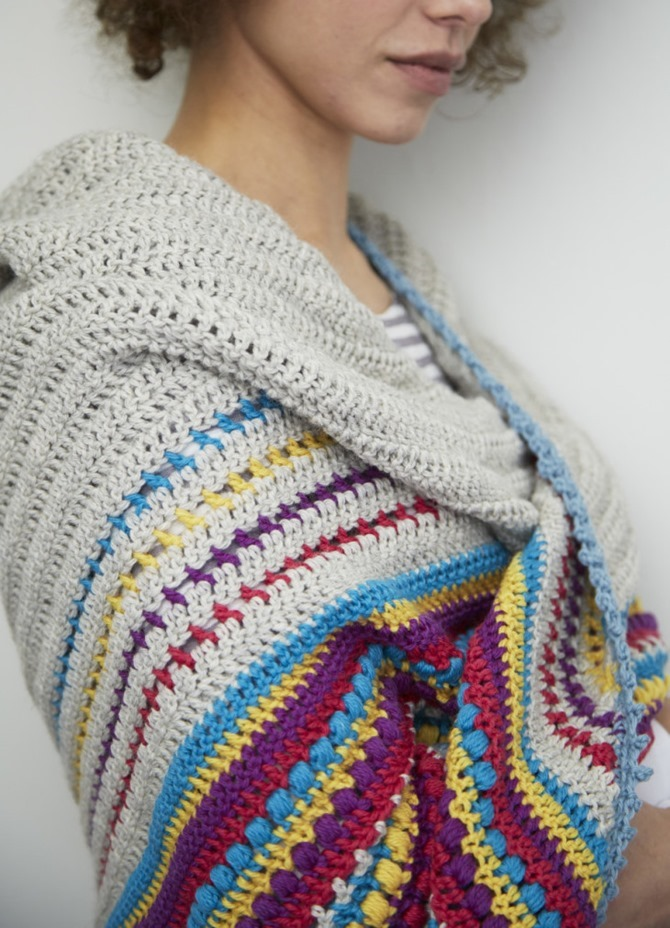 free crochet shawl pattern - modern stripes