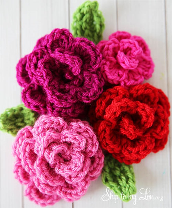 12 Crochet Valentine's Day Projects {Free Patterns} - Roses