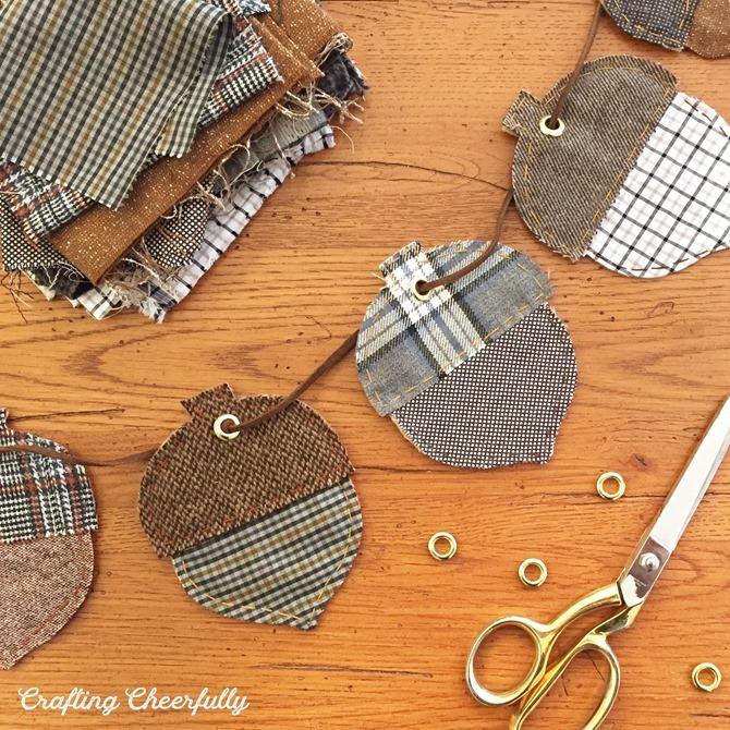 101 Fall Sewing Tutorials - EverythingEtsy.com - Acorn Banner