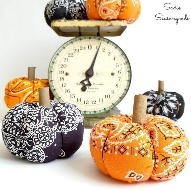 101 Fall Sewing Tutorials - EverythingEtsy.com - Bandana Pumpkins