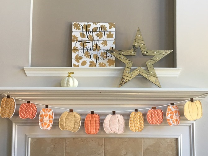 101 Fall Sewing Tutorials - EverythingEtsy.com - Fall Pumpkin Banner DIY