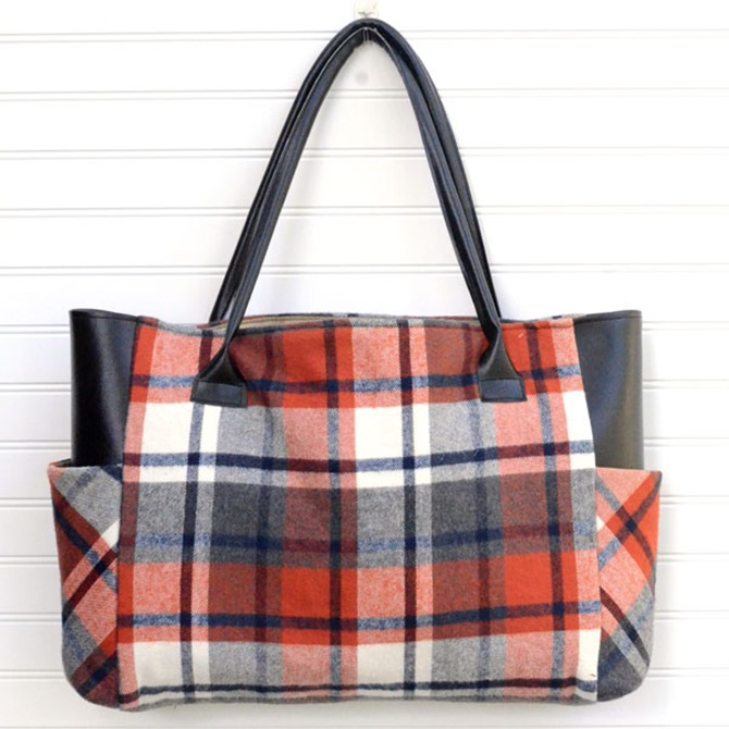 101 Fall Sewing Tutorials - EverythingEtsy.com - Plaid Tote Bag Pattern