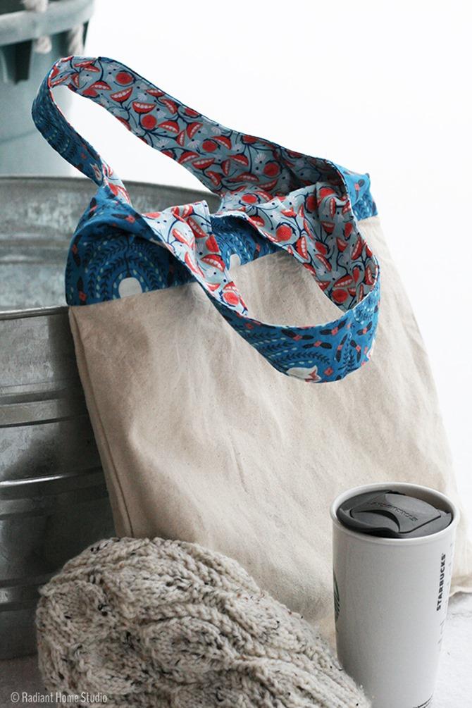 101 Fall Sewing Tutorials - EverythingEtsy.com - Tote Bag Upgrade