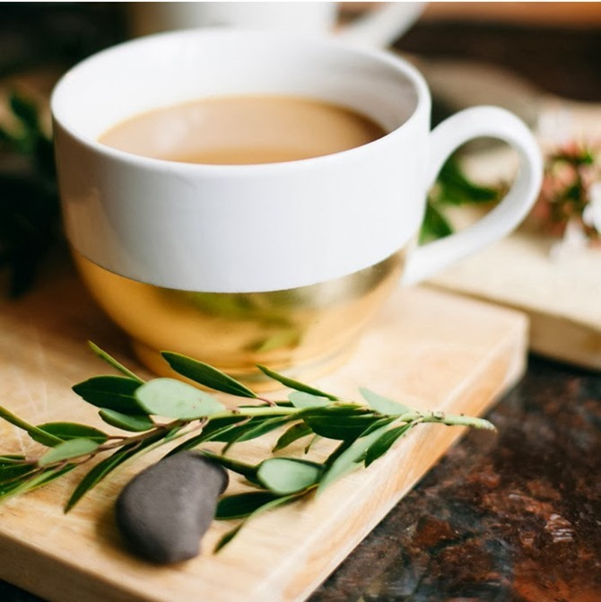 DIY Gift - Gold Dipped Coffee Mug - Poppytalk
