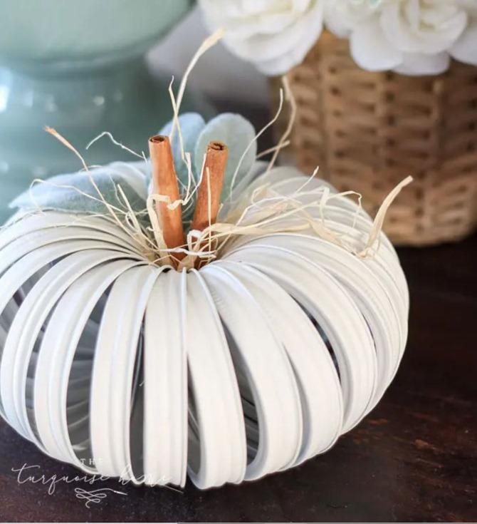 Fall Mason Jar Lid Pumpkin Tutorial - The Turquoise Home