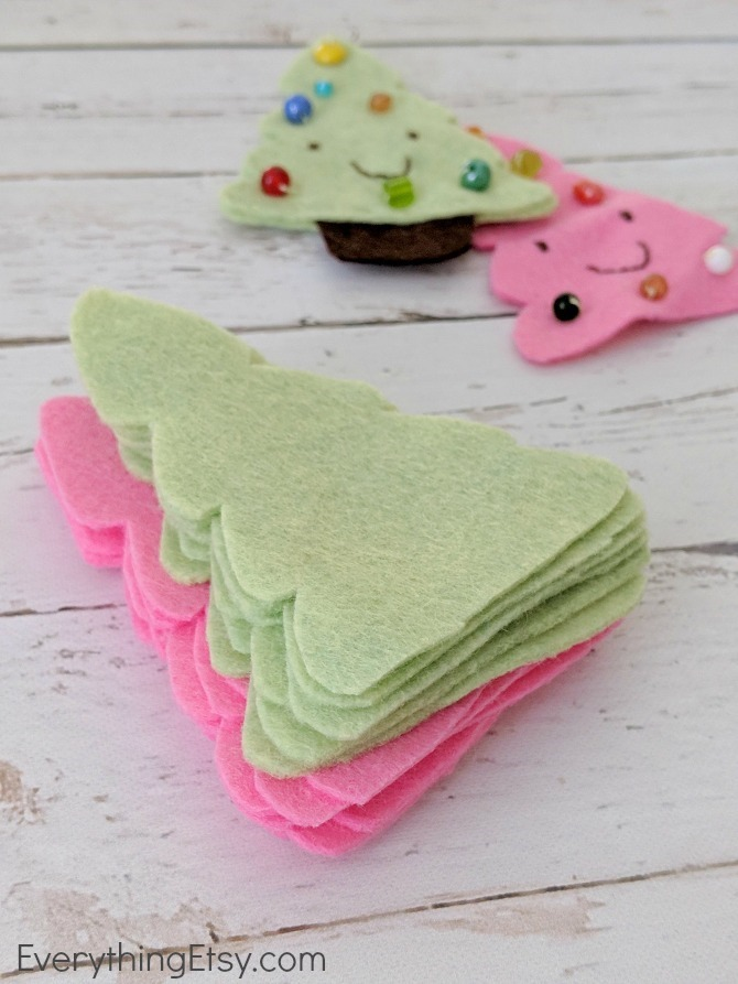 Felt Christmas Trees - EverythingEtsy.com
