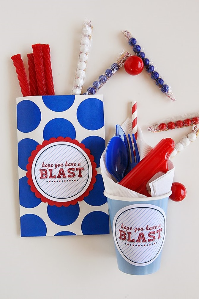 4th of July Party Printables - 12 Free Downloads - EverythingEtsy.com - Party Set