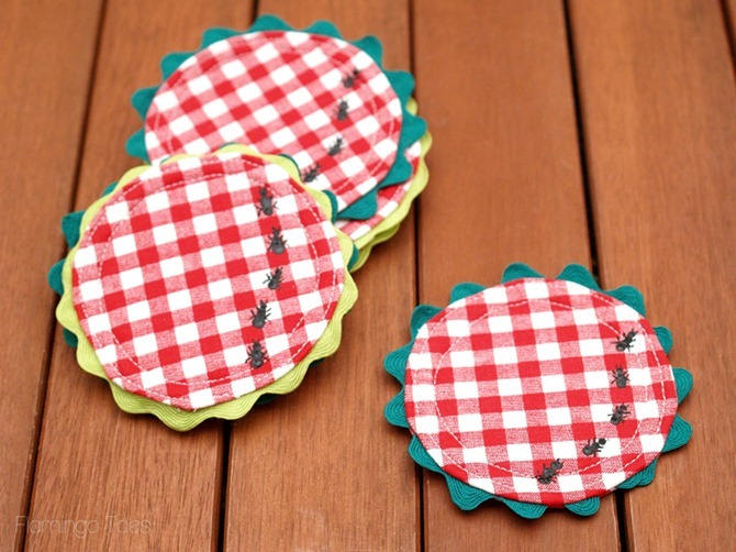 Pretty-Picnic-Coasters - Flamingo Toes Sewing Pattern