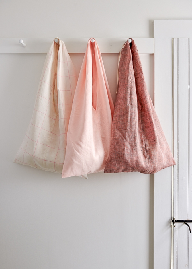 5 DIY Market Totes - Farmer's Market Weekend - fold up tote on EverythingEtsy