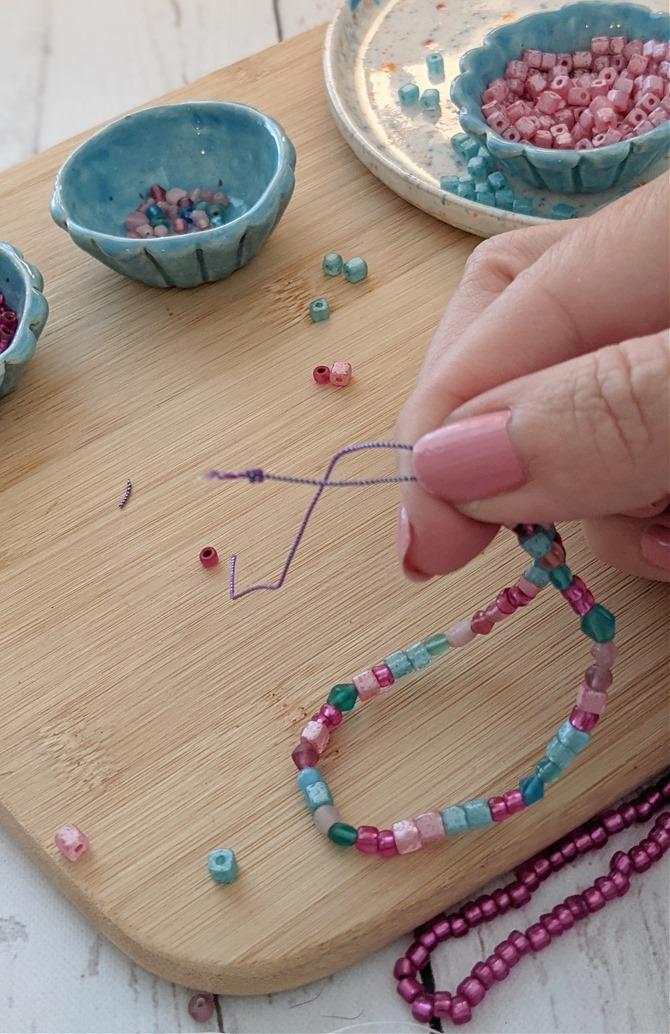 Making an easy beaded bracelet - handmade gift idea on EverythingEtsy.com