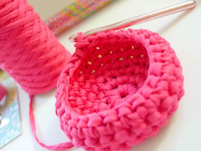 Crochet a Basket - Free Pattern and Tutorial on EverythingEtsy