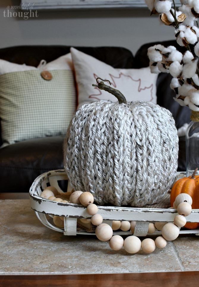 DIY Yarn Pumpkin - Finger Knit This