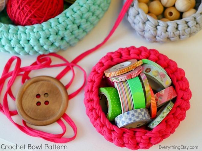 Free Crochet Basket Pattern - Craft Room Organization Idea - Tutorial on Everything Etsy
