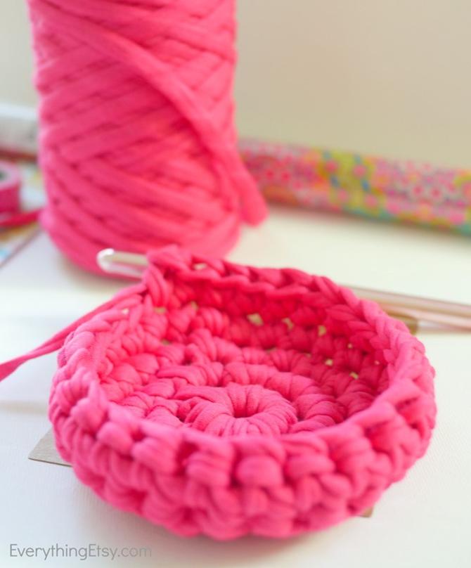 Free Crochet Basket Pattern - Organization Idea for Your Craft Room - EverythingEtsy