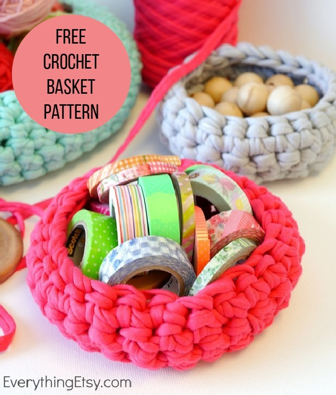 Free Crochet Basket Pattern - Organize Your Craft Room - Everything Etsy (1)